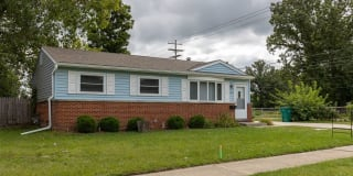 1489 Glengrove Ave Photo Gallery 1