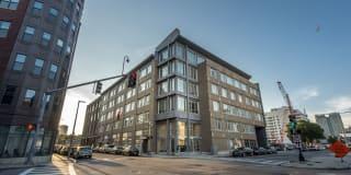 160 East Berkeley Street Photo Gallery 1