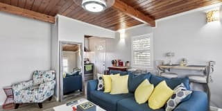 505 Dolphin Drive Photo Gallery 1