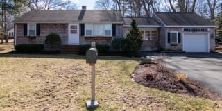98 Hillcrest Dr Photo Gallery 1