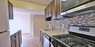 Carriage Hill Apartments Photo Gallery 1