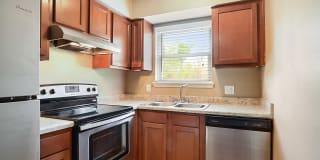 Avalon Apartment Homes Photo Gallery 1
