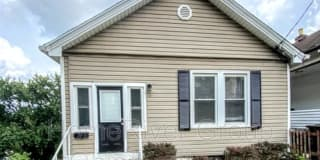 17 Parkview Ave Photo Gallery 1