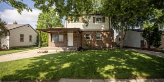 28611 Victor St Photo Gallery 1