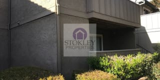 1227 Lakeview Circle Photo Gallery 1