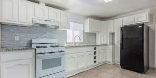 410 West 30th Street Photo Gallery 1