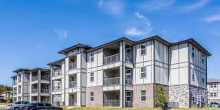 Landmark Apartments Photo Gallery 1