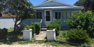 250 Selden Ave. Photo Gallery 1