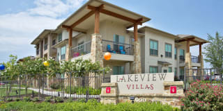 Lakeview Villas Photo Gallery 1