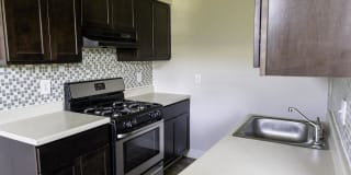 640 Lincoln Ave, B21 Photo Gallery 1