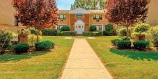 Park Ridge Apartments Photo Gallery 1