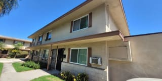 8796 Valley View St UNIT C Photo Gallery 1