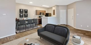 Collin Creek Apartment Homes Photo Gallery 1