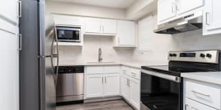 Del Sol Apartments Photo Gallery 1