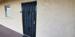 2840 Somerset Dr Photo Gallery 1