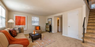 Longview Apartments Photo Gallery 1