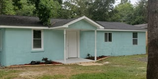 155 CIRCLE DR Photo Gallery 1