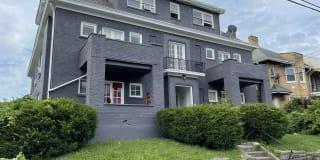 859 Glenwood Avenue - 4 Photo Gallery 1