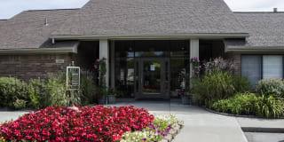 Pine Ridge Apartments Photo Gallery 1