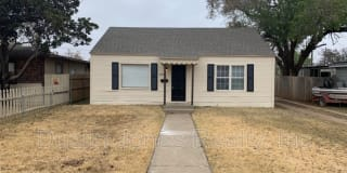 4808 40th St Photo Gallery 1