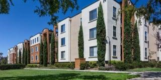 Bridgepointe Apartment Homes Photo Gallery 1
