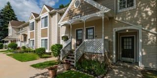 Monticello Apartments Photo Gallery 1