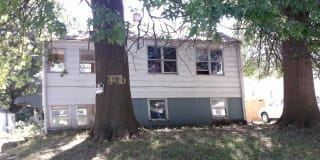 2120 N Broadway Ave Photo Gallery 1
