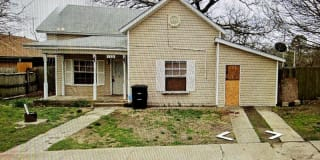 105 W Farrall Ave Photo Gallery 1