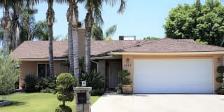 4513 Barry St. Photo Gallery 1