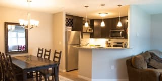 Shannon Glen Townhomes Photo Gallery 1