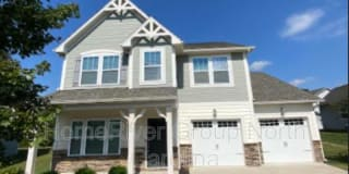 266 Whispering Hills Dr Photo Gallery 1