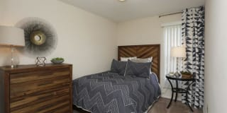 River Crest Apartments Photo Gallery 1