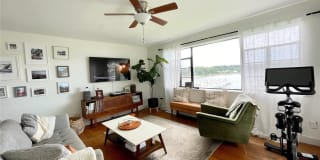 307 West Shore Road Photo Gallery 1