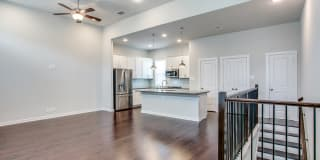 430 CLAY ST Photo Gallery 1