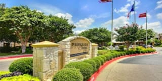 Parkside Crossing Apartments Photo Gallery 1