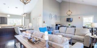 Big Oaks Apartment Homes Photo Gallery 1