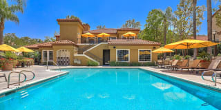 Sycamore Canyon Apartments Photo Gallery 1
