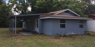 1055 S Dudley Ave. Photo Gallery 1