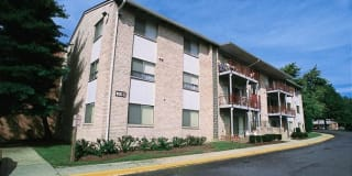Laurel Park & Laurelton Court Apartment Homes Photo Gallery 1