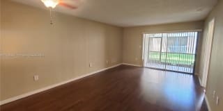 2192 SW 80th Ter Photo Gallery 1