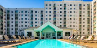 The Cosmopolitan Apartments Photo Gallery 1