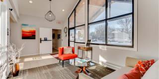 Lexington Hills Apartments Photo Gallery 1
