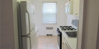 2 Soundview Avenue Photo Gallery 1