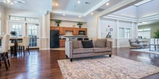 Mission Eagle Pointe Photo Gallery 1