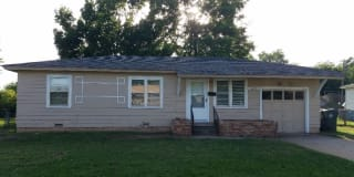 1117 Marydale Ave Photo Gallery 1