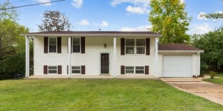 1035 Woodland Trails Drive Photo Gallery 1