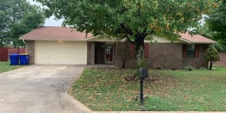 519 Garland Place Photo Gallery 1
