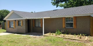 3104 Wright Ave Photo Gallery 1