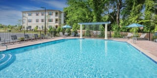 Belle Haven Apartment Homes Photo Gallery 1