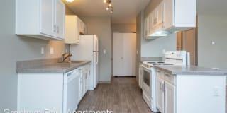 Gresham Park Apartments Photo Gallery 1